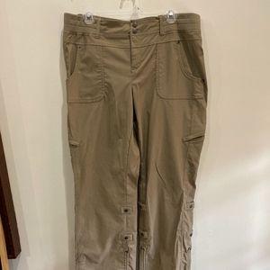 Athleta Pants - Athleta tan cargo pants